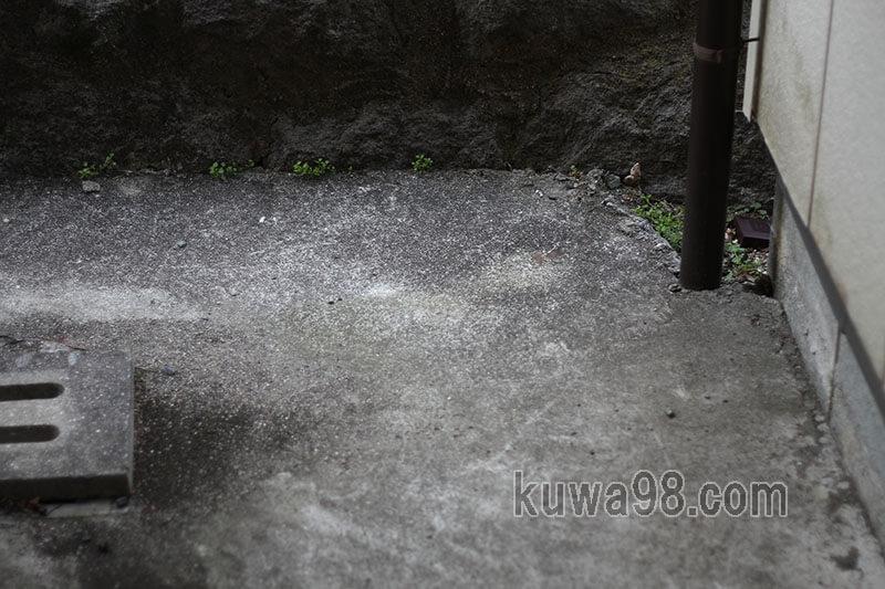 雨樋は地下を通る