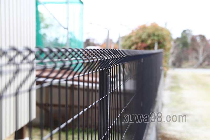 フェンスの並び