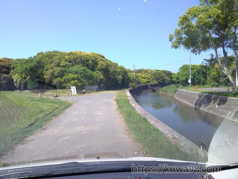 堤防ポイント 駐車スペース