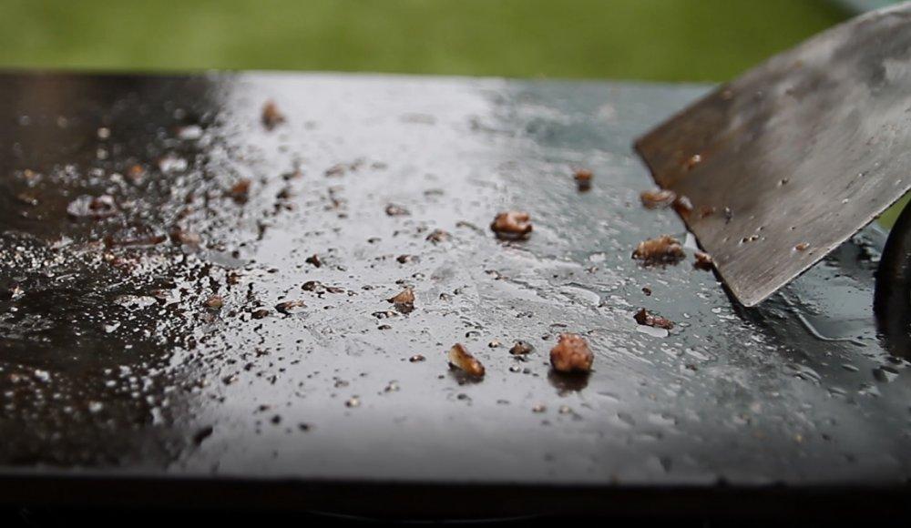 鉄板の掃除